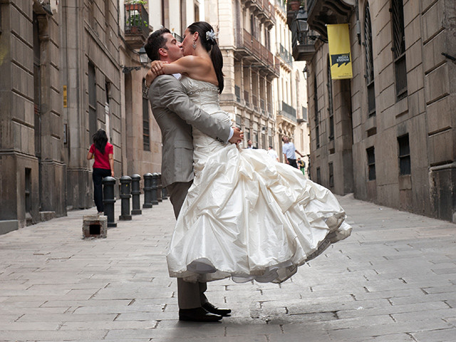 Barcelona: The Twirl