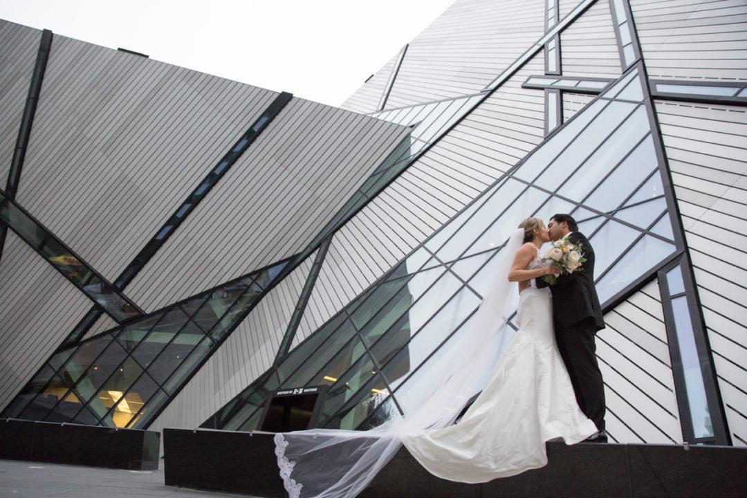 ROM, Royal Ontario Museum, Toronto, Wedding Photography